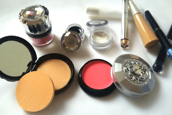 Make-up collapse2
